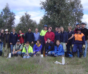 /imager.ashx?path=/Portals/0/Images/Tree-planting-day-2010-005.jpg